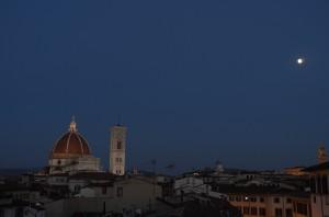 Firenze サンタ・マリア大聖堂と月